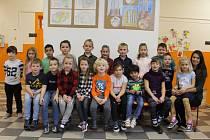 Základní škola Na Karlově v Benešově: třída 1.A s učitelkou Barborou Šupkovou.