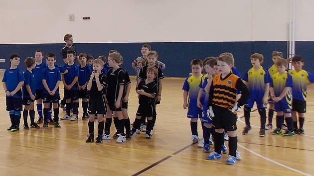 Třetí a závěrečný fotbalový turnaj devítiletých chlapců se opět konal v hale ZŠ v Poříčí nad Sázavou.