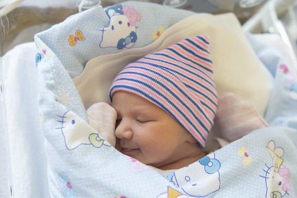 Barbora Šilhavá z Milovic se narodila v nymburské porodnici 24. února 2021 v 20.19 hodin s váhou 3060 g a mírou 48 cm. Na prvorozenou holčičku se těšili maminka Petra a tatínek František.