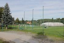 U zimního stadionu v Benešově vyroste do konce roku minihřiště s umělou trávou.