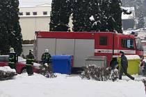Hasiči zasahovali při požáru v Pražské ulici v Benešově