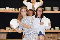 Představení divedelního spolku B Holky z porcelánu