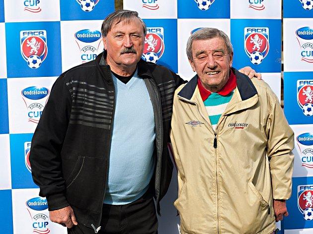 Legendy. Antonín Panenka a Josef Vojta sledovali v Nespekách, kde bydlí, boje mladých hráčů.