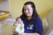 Simona Peukertová zČerčan je do 10. července šťastnou maminkou malého Jakuba Daniela Peukerta, který se narodil v16.12 sváhou 3230 gramů a mírou 47 centimetrů.