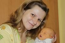 Malá Diana se narodila 22. listopadu v 0.24. Na svět přišla s váhou 3,09 kilogramu a mírou 49 centimetrů. Z prvorozené dcery se radují rodiče Diana Baštná a Jirka Šafránek ze Všestar.