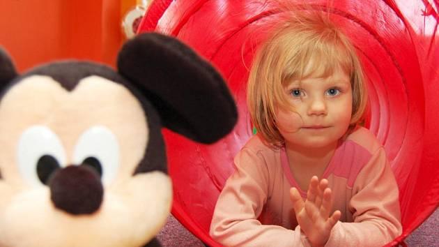 Ilustrační foto: V mateřském centru mohou děti i jejich rodiče navštěvovat nejrůznější kurzy, k dispozici je také herna