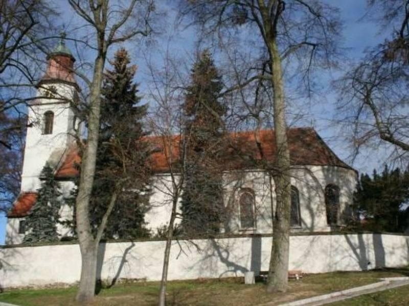 Kostel v Jankově.