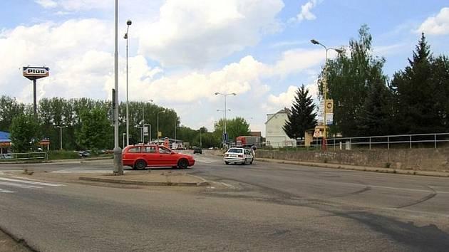 Mluvit o štěstí mohou řidiči, kteří projíždějí bez čekání křižovatkou u Kozla