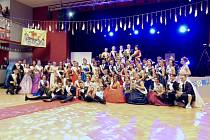Maturitní ples prožili studenti gymnázia v  Benešově.