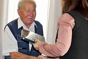 Setkání hejtmanky se zástupci seniorských spolků.