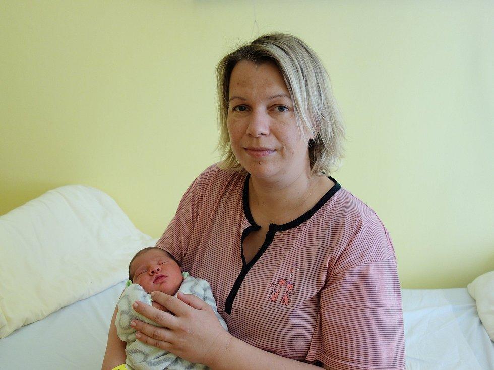 Adéla Kolmanová se rodičům Ivetě a Aleši Kolmanovým z Domašína narodila 20. června 2019 jednu hodinu po půlnoci, vážila 3190 gramů a měřila 50 centimetrů.