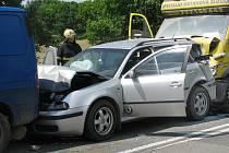 Dopravní nehoda na silnici E55 U Topolu.