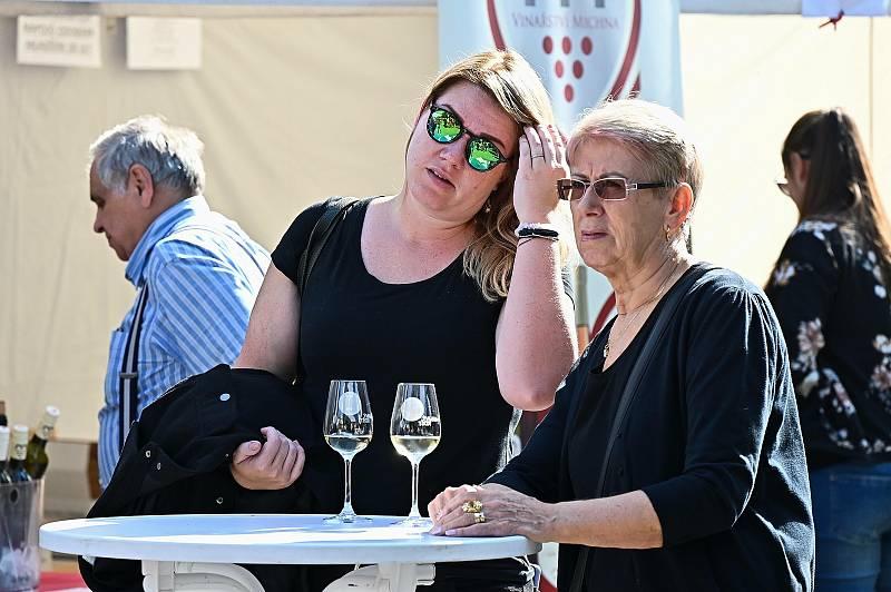 Vinný košt & festival chutí v Benešově.