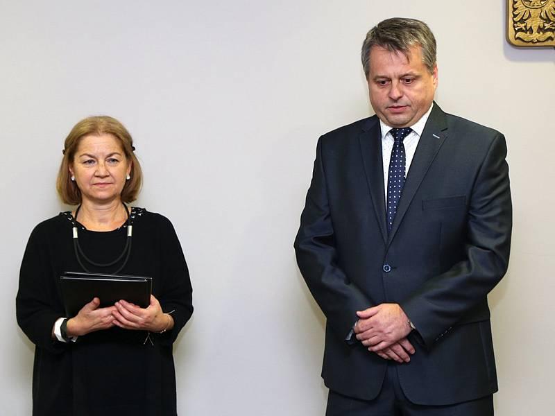 Zastupitelka města Aťka Tichá a starosta Sázavy Ivan Koldcsiter.
