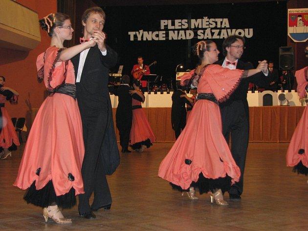 Ples města Týnce nad Sázavou.