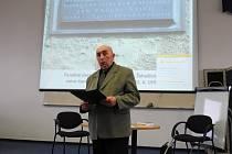 Alois Sojka přednášel v Žehušicích o Janu Václavu Stichovi