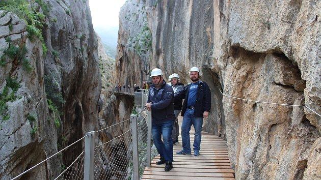 Chlapi z Louňovic pod Blaníkem vycestovali do Španělska.
