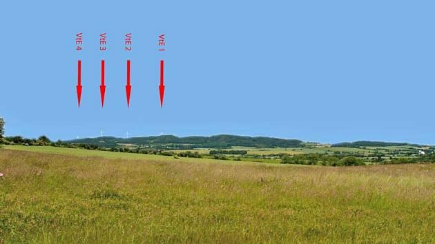 Vizualizace čtyř větrných elektráren Vysoká - Mezné při pohledu od Kvasejovic.