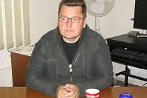 Zdeněk Hašek v redakci Benešovského deníku při rozhovoru