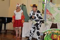 Pohádkové představení děti ohodnotily smíchem a potleskem.