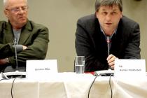 Zastupitel Benešova Roman Tichovský při schůzi zastupitelstva Benešova 1. února 2016.