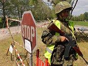 Příslušníci Aktivních záloh AČR nacvičovali na přehradě Švihov na Želivce ochranu strategických objektů.