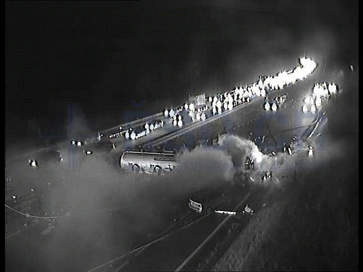 Požár na 49. kilometru dálnice D1 dne 13. října 2019.