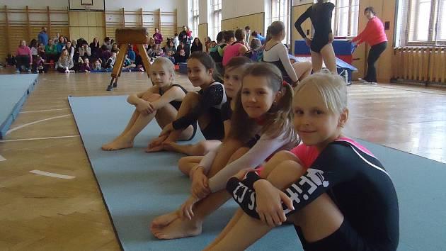 Soutěž v gymnastice organizovaná DDM Benešov.