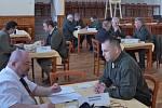 Zkoušky na první myslivecký lístek se konaly v sobotu 2. dubna ve Struhařově.