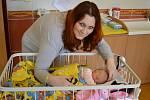 Petra Severinová a Tomáš Trobl z Týnce nad Sázavou jsou od 20. února šťastnými rodiči své prvorozené dcery, malé Emmy Troblové. Ta se narodila v 0.14 s váhou 2 910 gramů a mírou 49 centimetrů.
