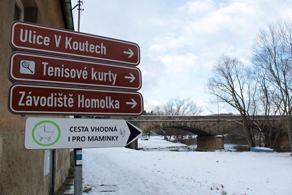 Most císaře Františka Josefa v Poříčí nad Sázavou.