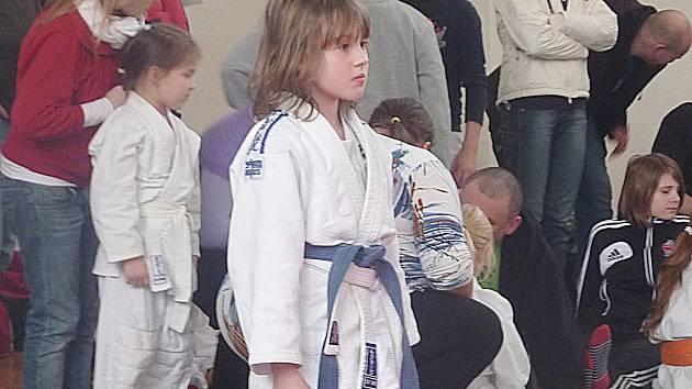 Johanka Kahounová z Benešova je připravena k prvnímu zápasu.