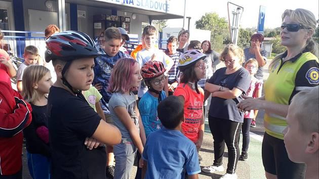 Žáci na dopravním hřišti Na Sladovce v Benešově.