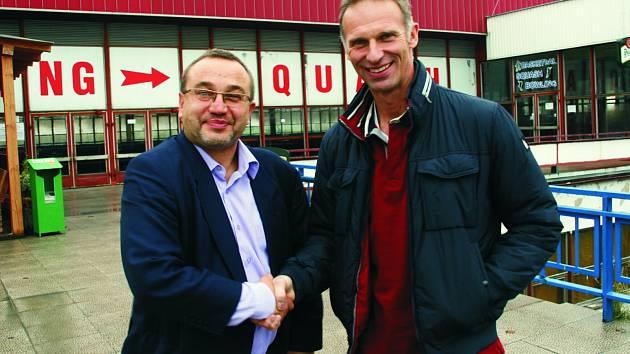 PODPORA. Hnutí pro sport Josefa Dobeše (vlevo) může podpořit i Dominik Hašek