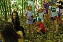 Děti si užily zábavné soutěžení v pohádkové atmosféře.