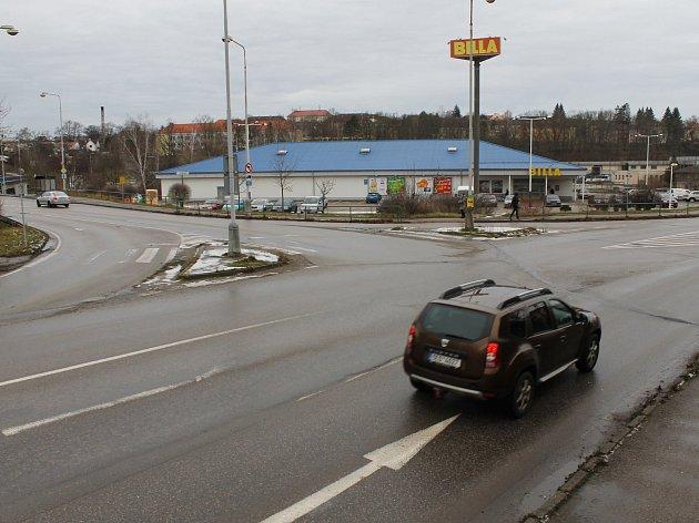 Výstavba kruhového objezdu ve Vlašimi se chystá již řadu let.