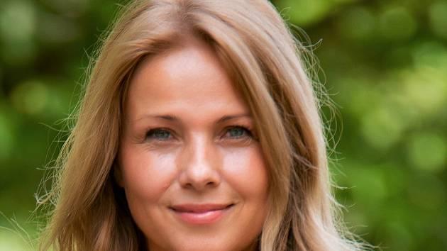 Nicol Lenertová.