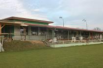 Olbramovice dokončují rekonstrukci fotbalového areálu.