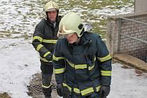Ve čtvrtek v noci a v pátek ráno hasiči čerpali vodu z kotelny benešovského kina.