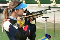 Aneta Brabcová, šestnáctiletá střelkyně z Manušic, zvítězila ve Vzduchové Pušce 40 ran vstoje
