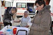 ORL mobilní ordinaci v sanitním voze navštívilo více jak třicet pacientů.