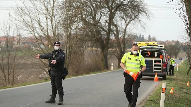 Policisté zasahovali u dopravní nehody.
