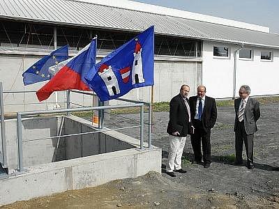 Oficiální zahájení provozu nového kravína ve Stranném u Neveklova.