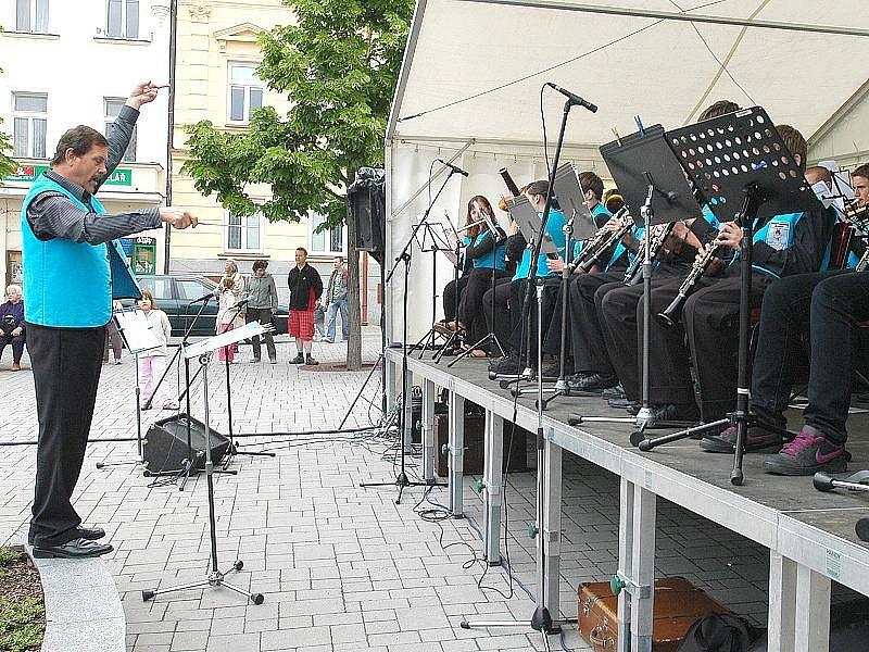 Přehlídka mladých orchestrů v Benešově.