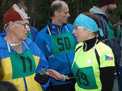 Novoroční běh okolo konopišťského rybníka má už mnohaletou tradici.