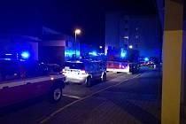 Zásah hasičů v pečovatelském domě nedal spát ani obyvatelům ulice Marie Kudeříkové.