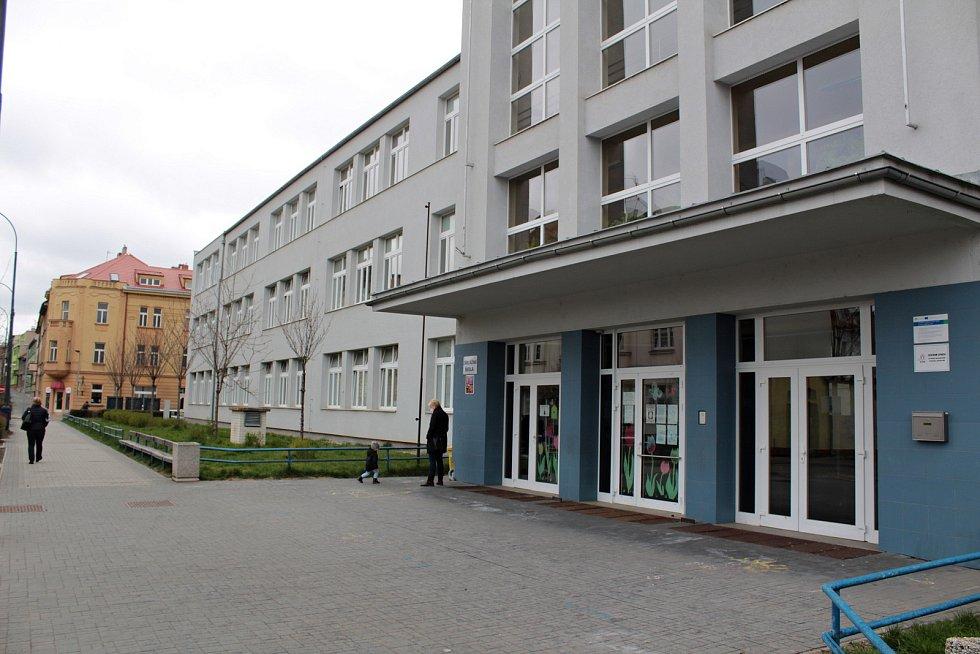 Základní škola Jiráskova v Benešově.