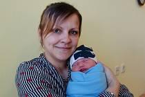 Jakub Strachota se manželům Tereze a Jiřímu narodil 4. března 2020 v 6.06 hodin, vážil 3500 gramů. Doma v Soběhrdech na něj čeká bratříček Jiřík (2,5).