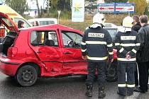 Nehoda dvou osobních aut na silnici E55 zkomplikovala dopravu.