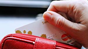 Krádež peněženky v obchodě byla dílem mistrovské souhry